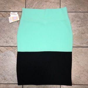 LulaRoe Cassie Skirt Mint/Black